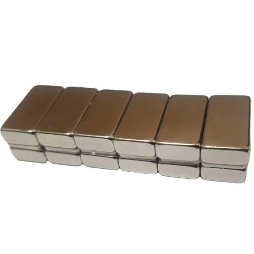 آهن ربا مدل مکعبی بسته دوازده عددی