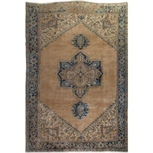 فرش دستبافت قدیمی هشت و نیم متری فرش هریس کد 100361