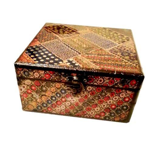 جعبه جواهرات وندا طرح کاج